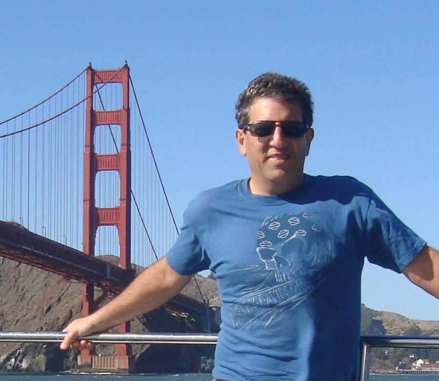 Rubens Lara at Golden Gate San Francisco - Silicon Valey (website Remarketing Digital)